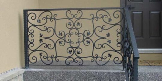 R16 ornate wrought iron railing