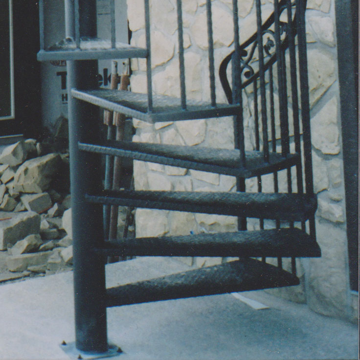 iron spiral staircase tread and railing