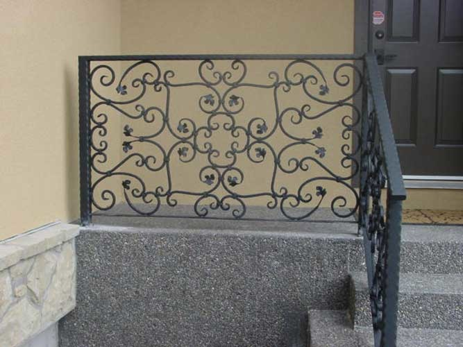 wrought iron hand railing for outdoor step