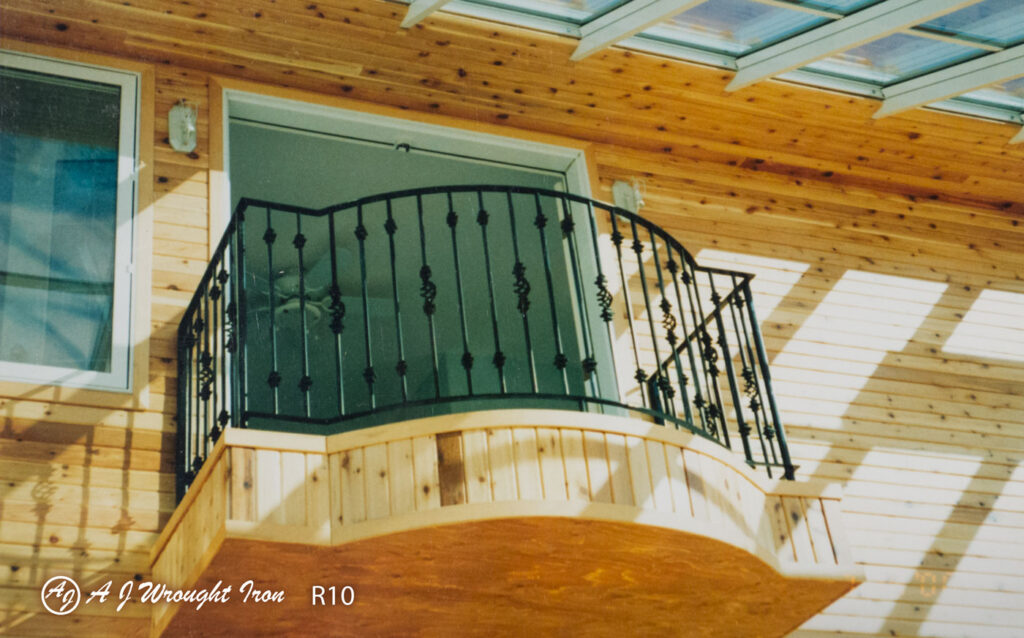 custom wrought iron balcony railing