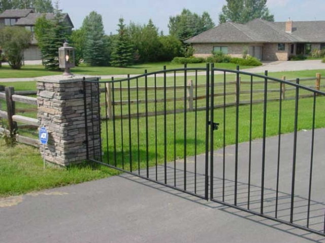 country estate gates