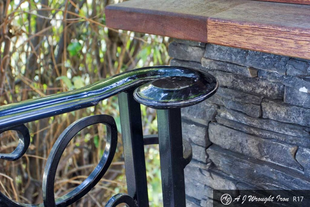 ornamental railing cap