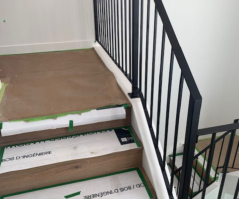 plain iron staircase railing